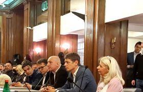 Alegerile amânate în Serbia